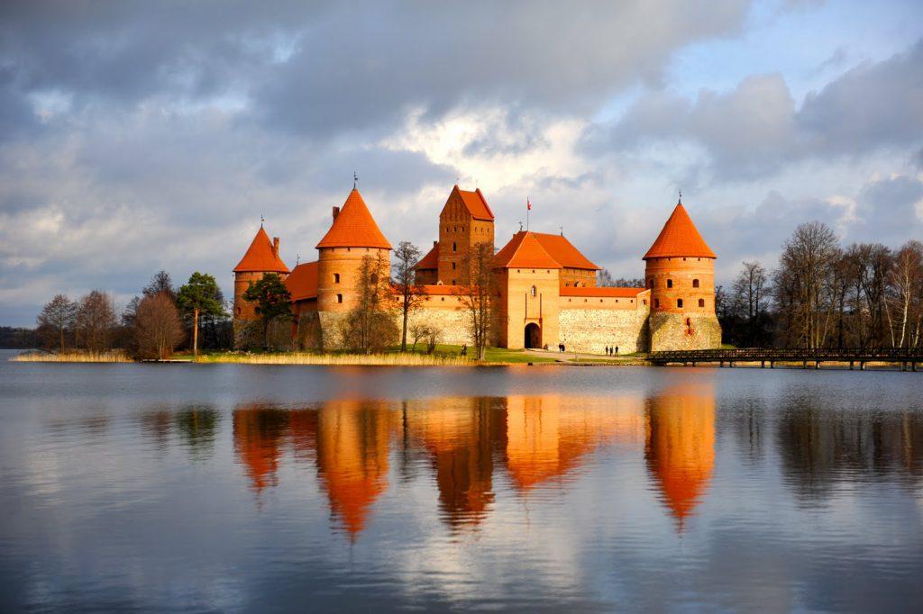 Chuyển phát nhanh đi Litva