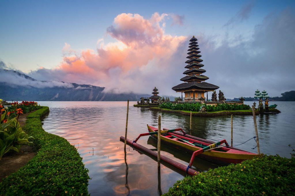 vận chuyển hàng mỹ phẩm từ Việt Nam đi Indonesia
